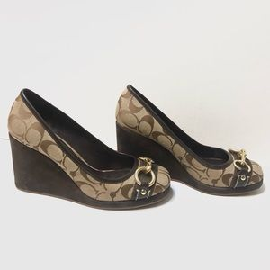 Coach Issy Round Toe Brown Wedges